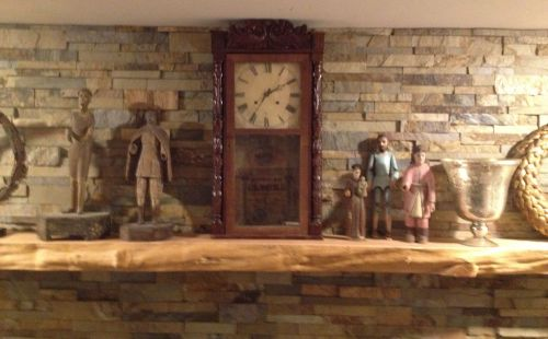 Clock on the Mantle -1